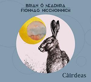 Review of Càirdeas